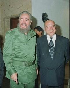 Fidel Castro junto a José Miguel Insulza