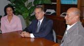 Indira Ramírez de Peña, Alejandro Peña Esclusa y Angel Núñez, en el diario El Carabobeño. Foto Carlos Blanc