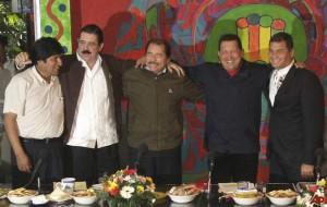 Evo Morales, Manuel Zelaya, Daniel Ortega, Hugo Chávez y Rafael Correa
