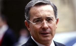 Alvaro Uribe presenta ante la OEA denuncias sobre la supuesta presencia de las guerrillas colombianas en Venezuela