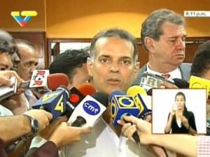 Acusan a director del Sebin de colocar los explosivos. Peña Esclusa denuncia siembra de pruebas.
