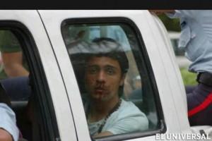 Lorent Saleh mientras es detenido