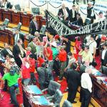 """Comienza la """"democracia participativa"""" en El Salvador"""